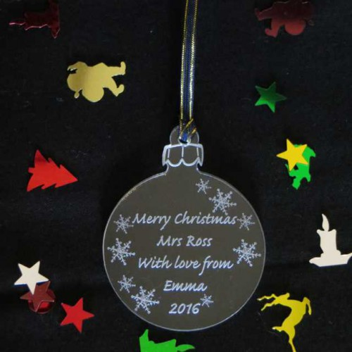 Bauble gift tag
